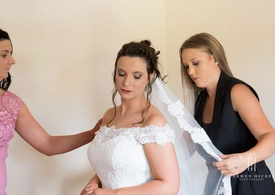 Peter and Emma in Cootamundra bride getting ready