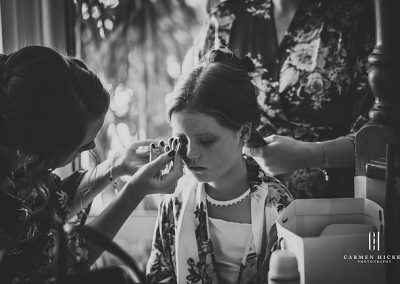 The Richness of Love Jono Laura bride getting ready shots